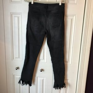 Forever 21 Jeans - Forever 21 Contemporary Black Frayed Jeans 28